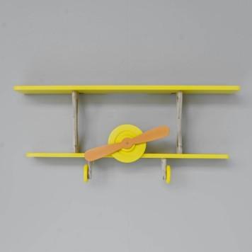 wandplankje-babykamer-geel