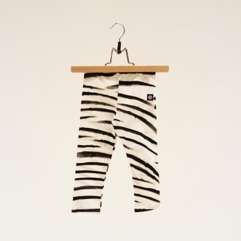 palett_stockholm_childrens_wear_brush_stroke_leggings_aop_front