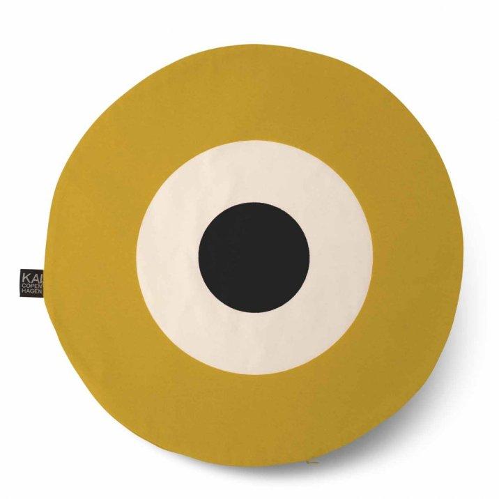 kaicopenhagen-round-cushion-50cm-curry-black.w1220.h1220.backdrop