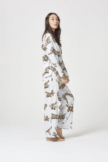 WPJ14-062-Chalmers-Pyjamas-SUZIE-PYJAMA-SET-TIGER-MOON-LT-BLUE-2_1024x1024
